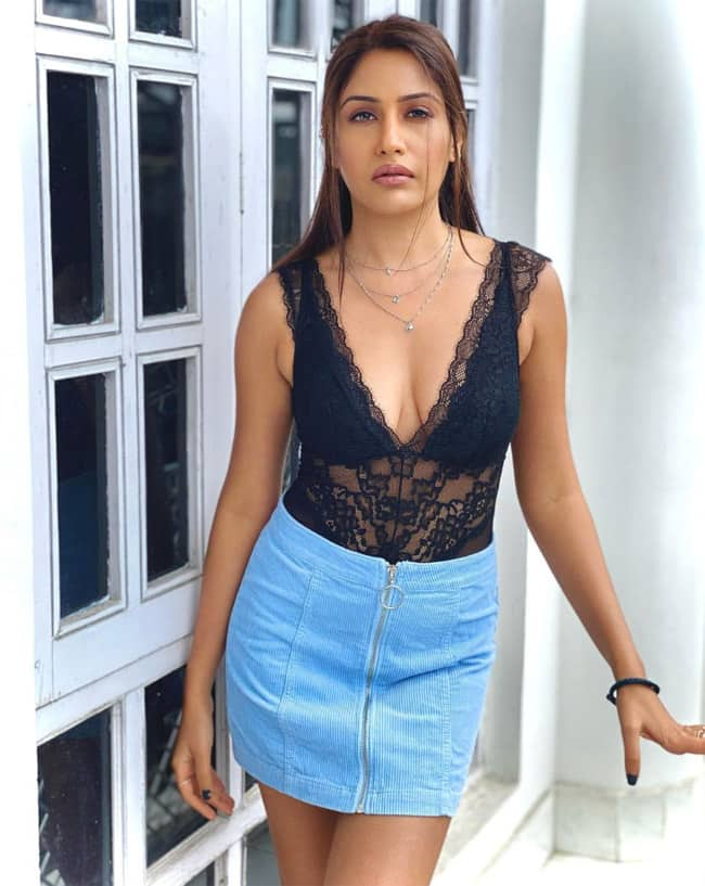 Surbhi Chandna Scintillating Pictures Are Unmissable