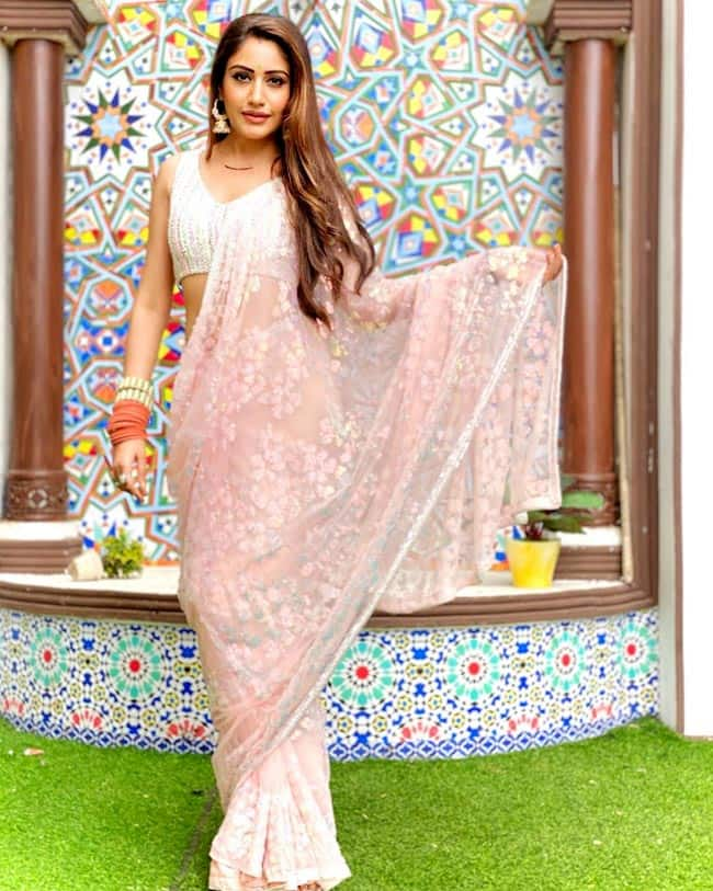 Surbhi Chandna wears a pink floral  saree for Naagin 5