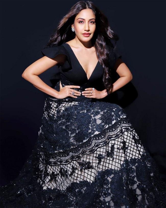 Surbhi Chandna s fashion extravaganza in this black beauty