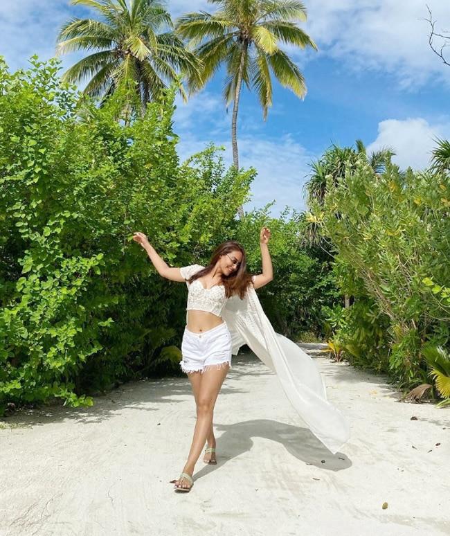 Surbhi Jyoti poses amid sand and stunning background in Maldives