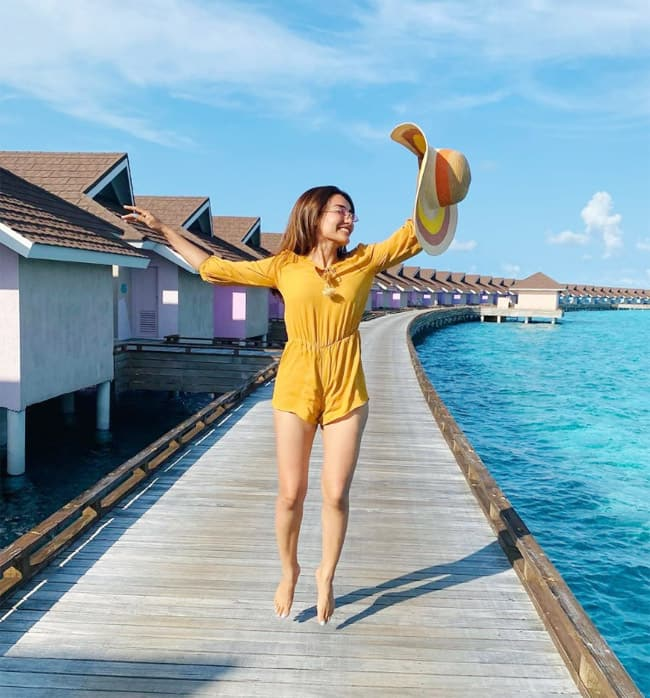 Surbhi Jyoti shares a set of hot and sexy pictures from the Maldives