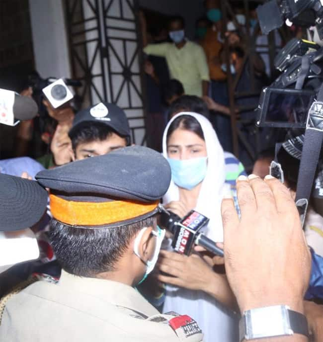 Sushant Singh Rajput case  More pictures from outside the ED office in Mumbai