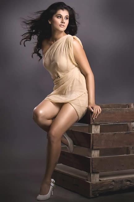 Taapsee Pannu flaunting her sexy legs