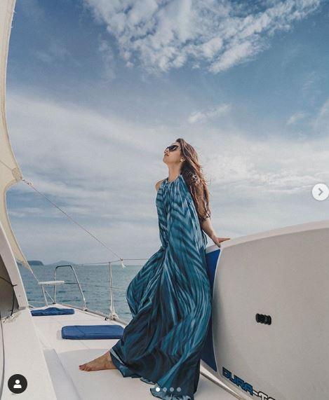 Tejasswi Prakash   s blue lagoon adventure is going viral  reason her hot poses