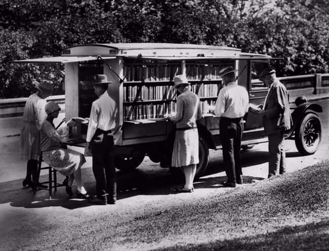 The First Bookmobile Of The Public Library Of Cincinnati  1927