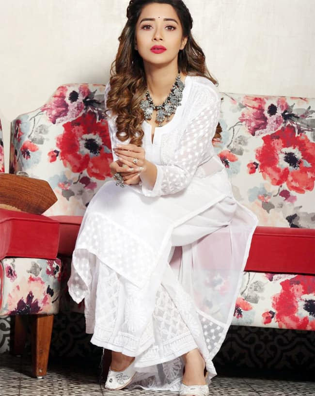 Tina Datta wore a hand embroidered suit that featured resham threads  royal gold mukaish work