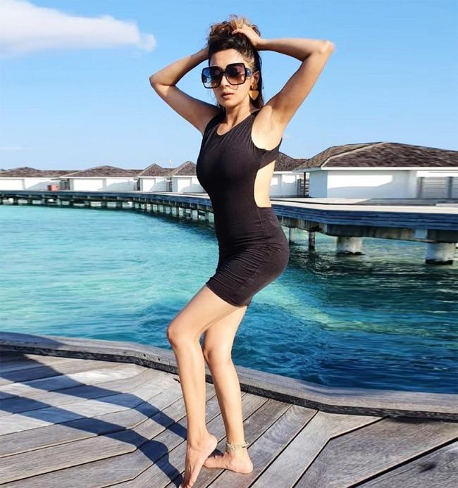 Tina Datta   s Little Black Dress Featured Cut Out Waistline