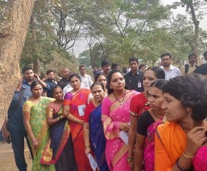 Telangana Assembly Election 2018: TRS Remains Confident of Win in State While People Queue Outside Polling Booths