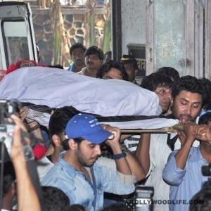 Final goodbye to Pratyusha Banerjee: Funeral pics