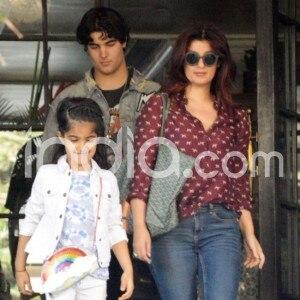 Akshay Kumar's Wife Twinkle Khanna And Kids Aarav Kumar-Nitara Kumar Spotted