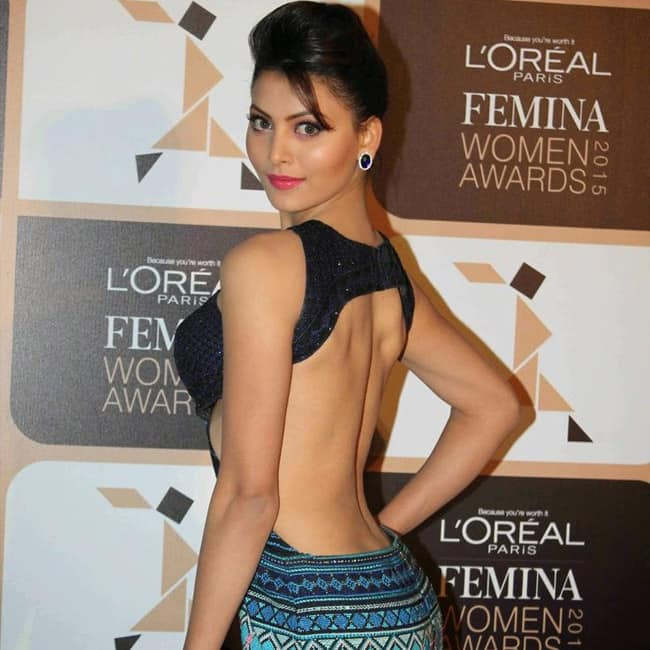Urvashi Rautela flaunting her sexy back