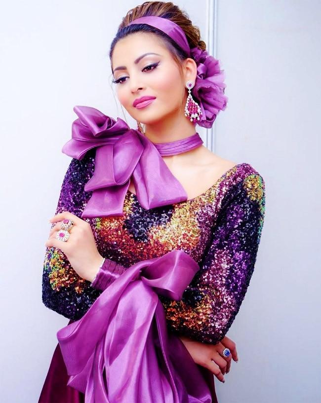 Urvashi Rautela is flaunting her toned figure