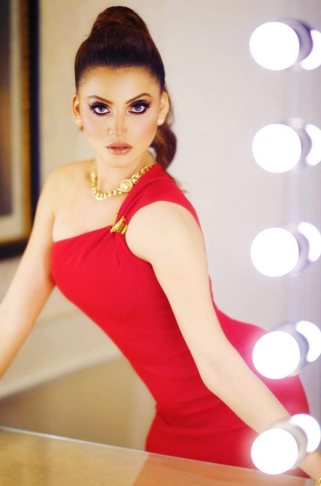 Urvashi Rautela look Hot in Red Dress