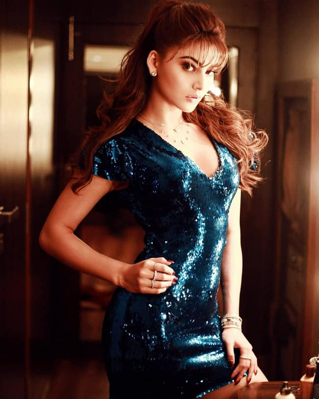 Urvashi Rautela Looks Jaw dropping Gorgeous For Pagalpanti Promotions