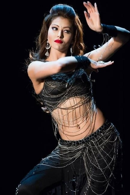 Urvashi Rautela poses for a stunning pic