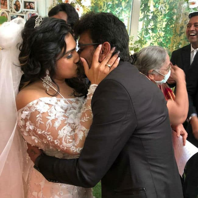 Vanitha Vijayakumar and Peter Paul wedding