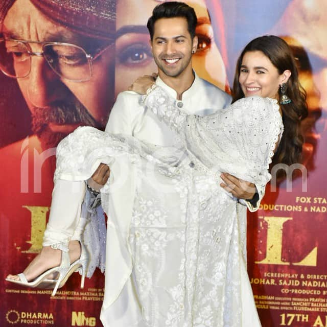 Varun Dhawan and Alia Bhatt look stunning at Kalank teaser launch