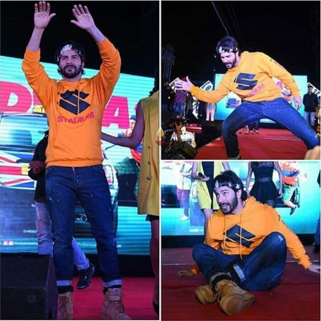 Varun Dhawan dancing during Judwaa 2 promotions in Delhi