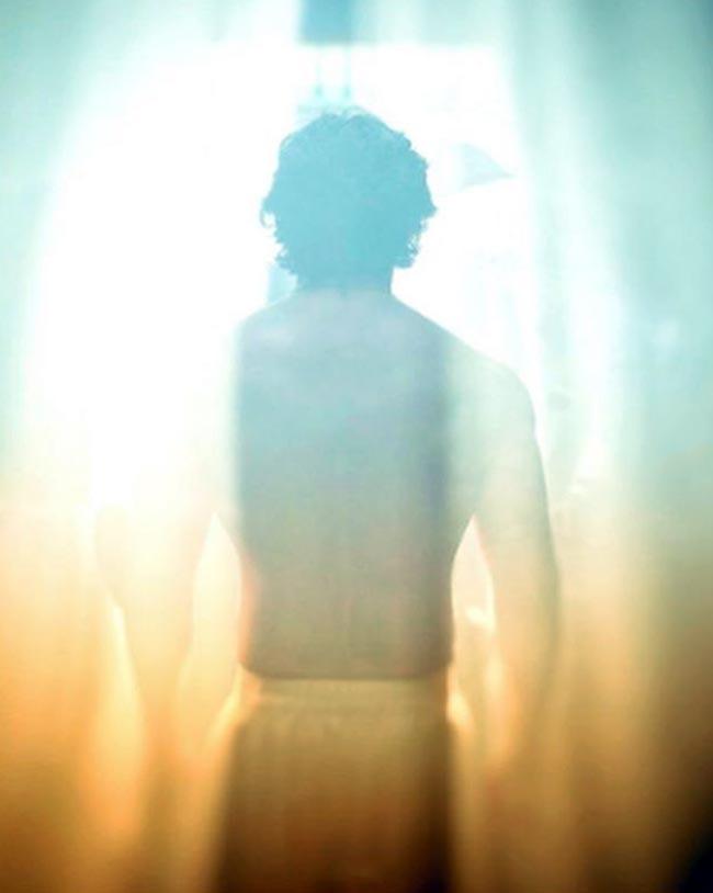 Varun Dhawan faces the sun