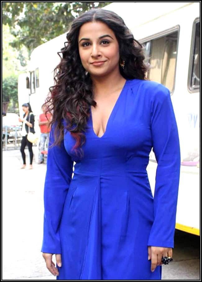 Vidya Balan flaunting cleavage in bodycon sexy outfit
