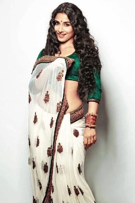 Vidya Balan flaunts sexy curves in HD picture
