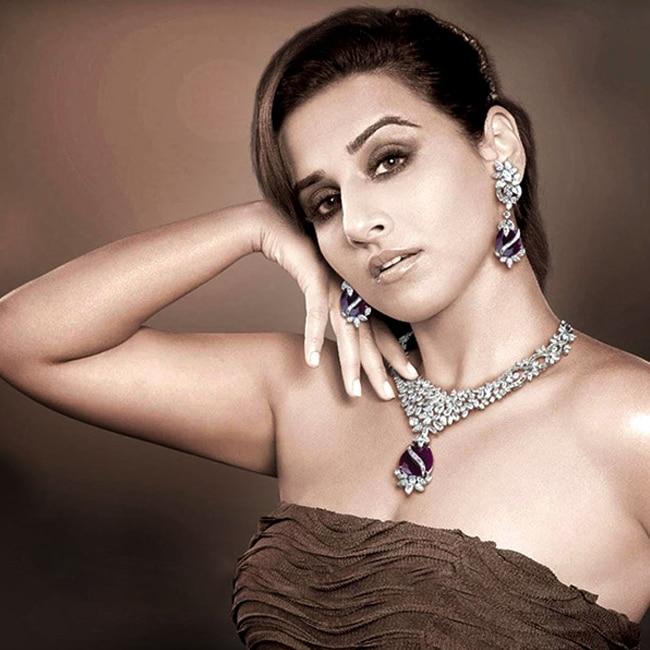 Vidya Balan poses for a seductive picture