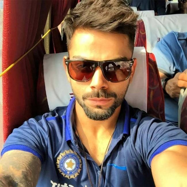 Virat Kohli looks super hot in this pic