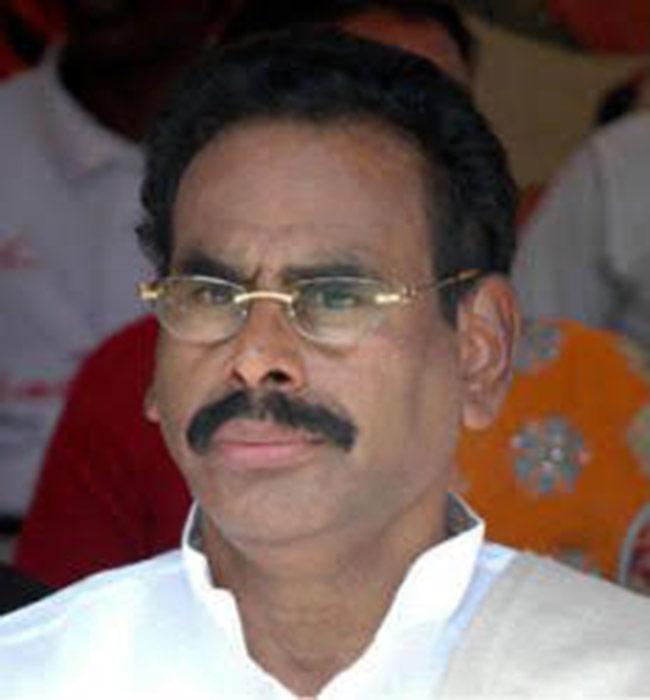 VK Sasikala s husband Natarajan Maruthappa passes away