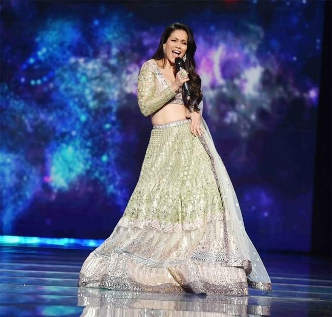 Waluscha De Sousa has hosted Indian Pro Music with Karan Wahi