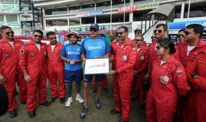 Shikhar Dhawan, Ravi Shastri And Rishabh Pant Spend Time With Indian Air Force Aerobatic Team Ahead of 3rd T20I vs Bangladesh in Nagpur