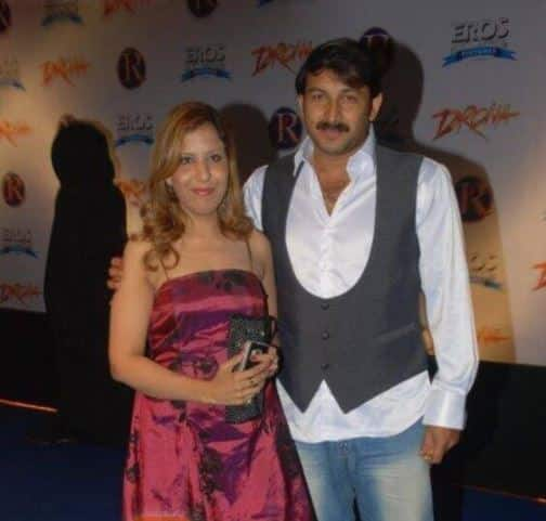 Who is Manoj Tiwari   s first wife  Check her gorgeous photos here