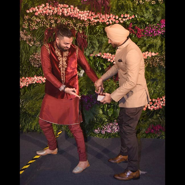 Yuvraj Singh and Harbhajan Singh   s fun at Virushka   s Mumbai reception
