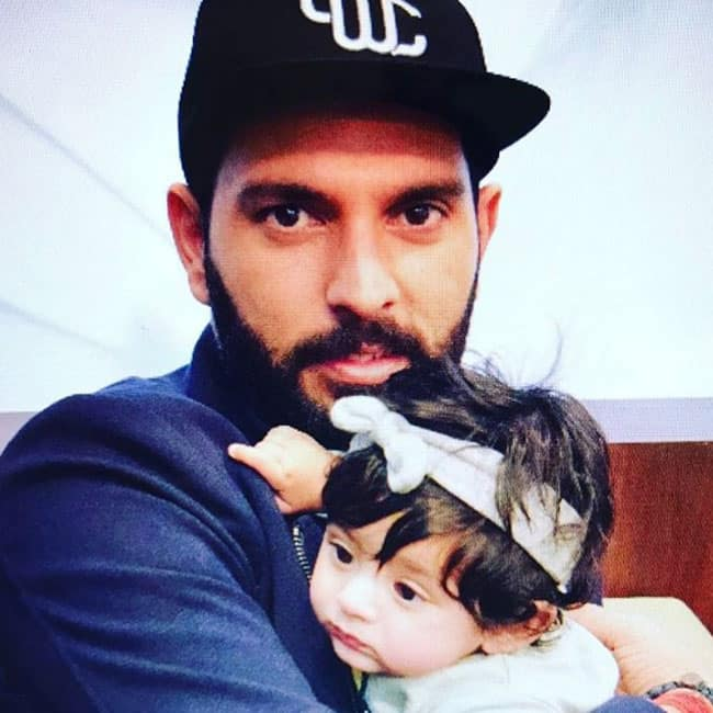 Yuvraj Singh shares a lovely picture with Hinaya
