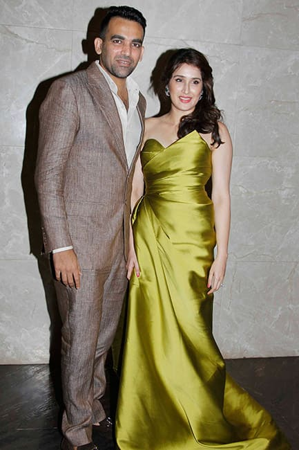 Zaheer Khan gets engaged to Sagarika Ghatge