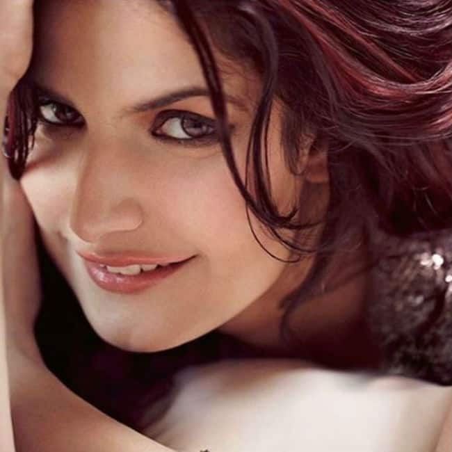Zarine Khan Looks Sexy in Latest Photoshoot